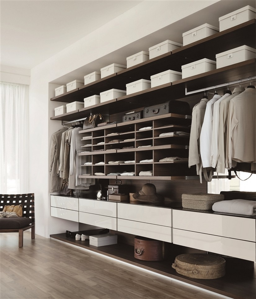 10 walk in closets for a luxury bedroom bedroom ideas for Bedroom walk in closet designs